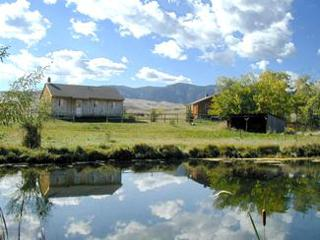 Little Piney Ranch - Cabin Lodging